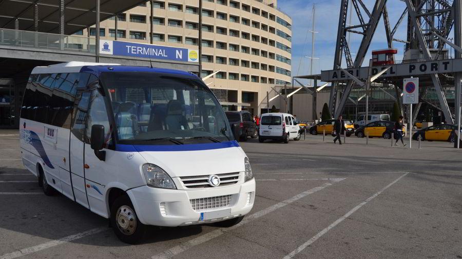 flota-alquiler-minibus-bcn