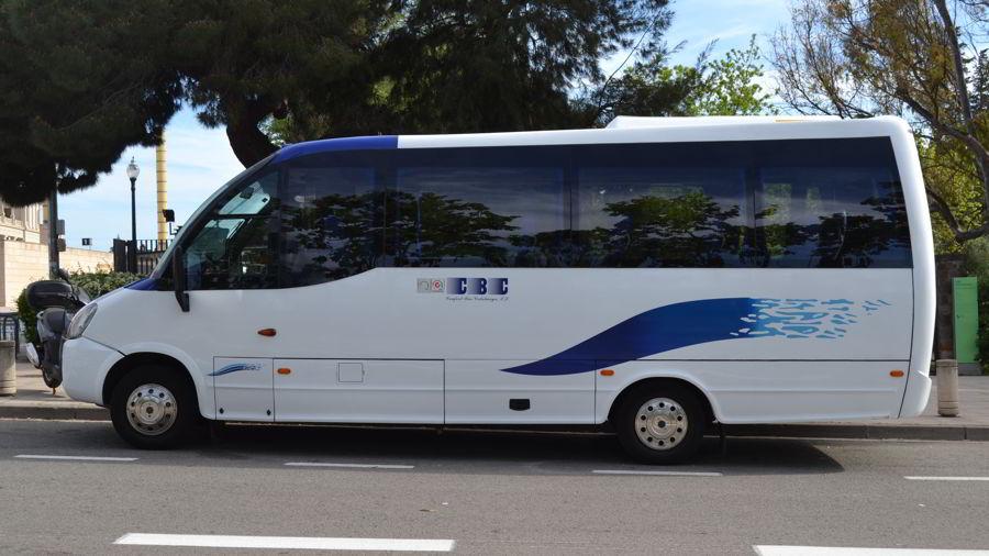flota-minibus-alquilar- barcelona